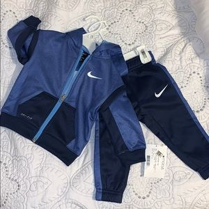 NWT toddler boy size 12 months Nike Tracksuit